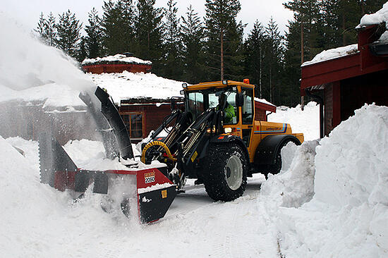 700x466_Lundberg_snow_ploughing_and_heavy_snow_work