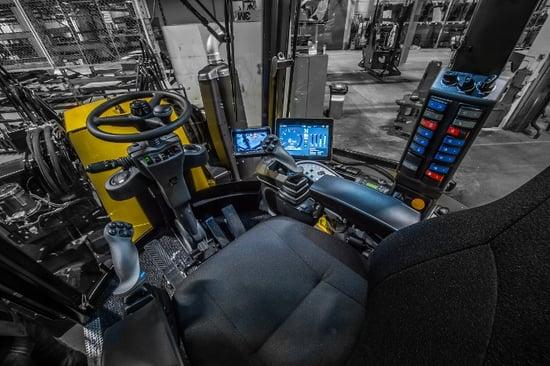 Lännen M-mallit ohjaamo ajopuoli 700x466