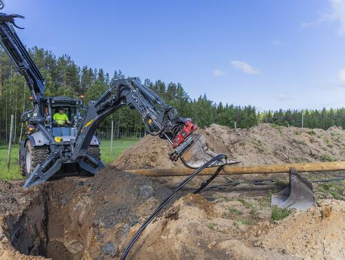 All tasks within power-line construction using just one machine